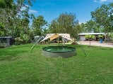 Photo 2 Bedroom Bungalow in Humpty Doo, Australia